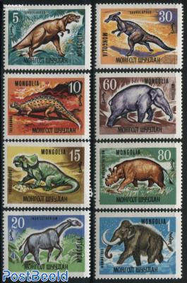 Prehistoric animals 8v